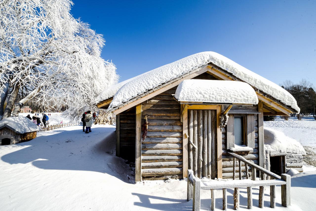 哈尔滨、探秘双雪乡、亚布力滑雪、温泉酒店、俄式家访双飞6日游