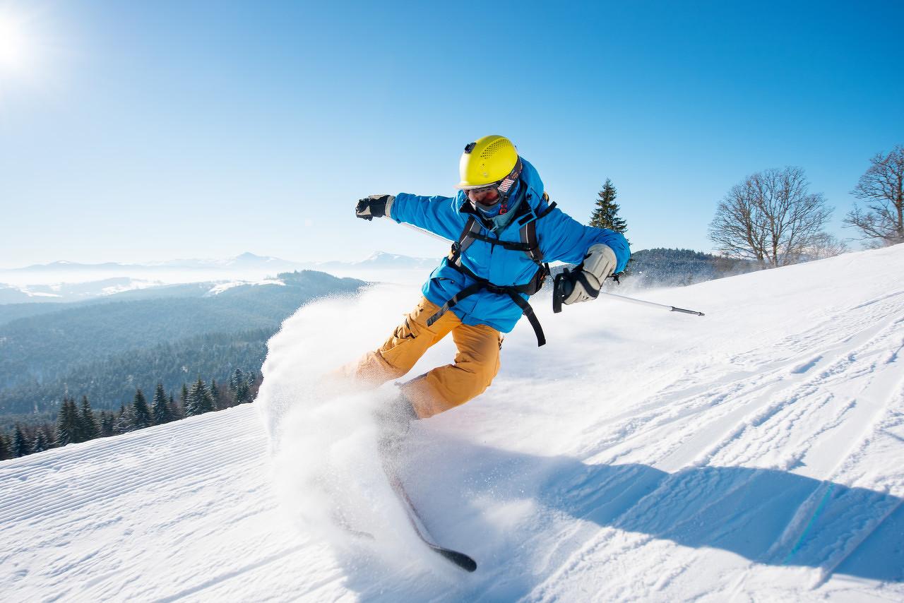 探路者中岳嵩顶滑雪度假区一日游