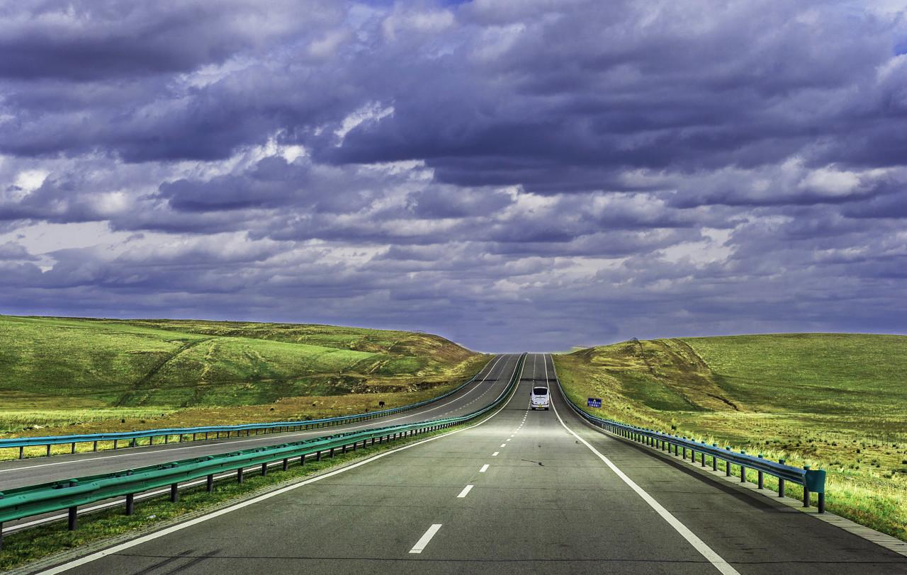 哈尔滨、齐齐哈尔扎龙湿地、呼伦贝尔草原、中俄边境、满洲里口岸、仙境阿尔山双飞八日游