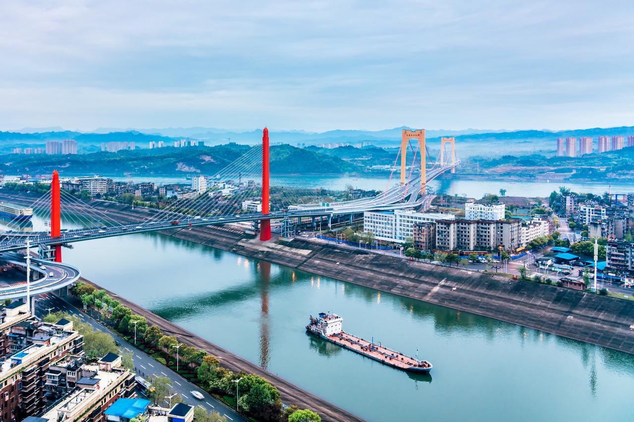 重庆、宜昌、长江三峡涉外邮轮下水双卧6日游